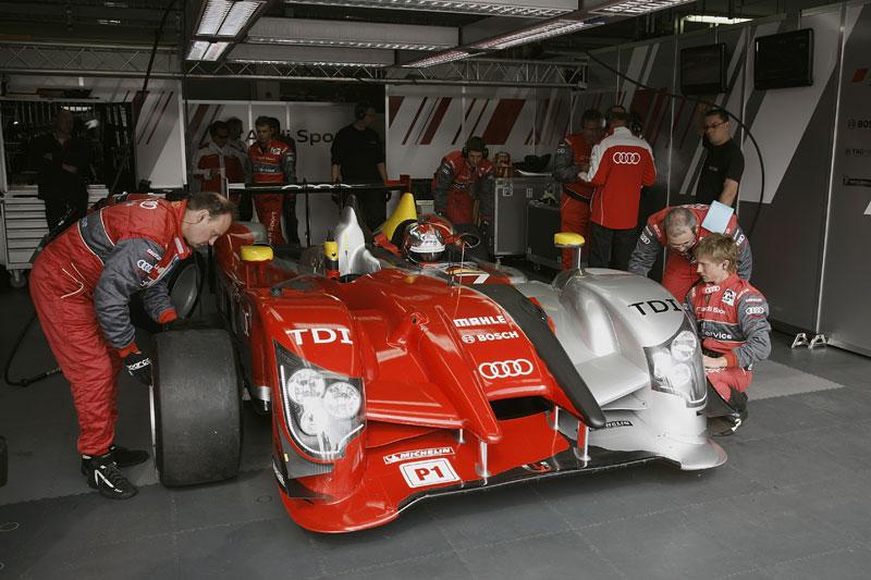 Audi R15 TDI: první start prototypu skončil vítězstvím!: - fotka 14