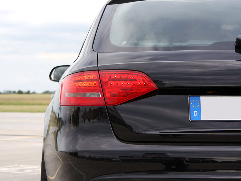 Audi A4 Avant Black Arrow od Avus Performance: - fotka 10