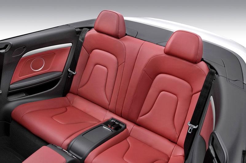 Za volantem: Audi A5 Cabriolet: - fotka 17