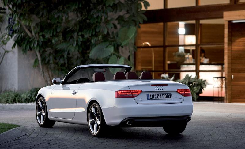 Za volantem: Audi A5 Cabriolet: - fotka 37