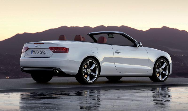 Za volantem: Audi A5 Cabriolet: - fotka 39
