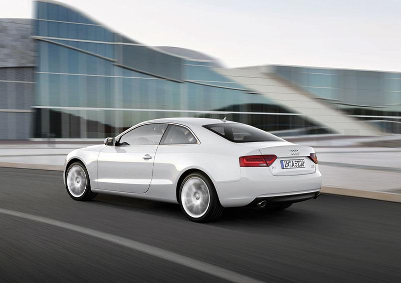 Audi A5 prodělalo facelift a dostalo nové motory: - fotka 14