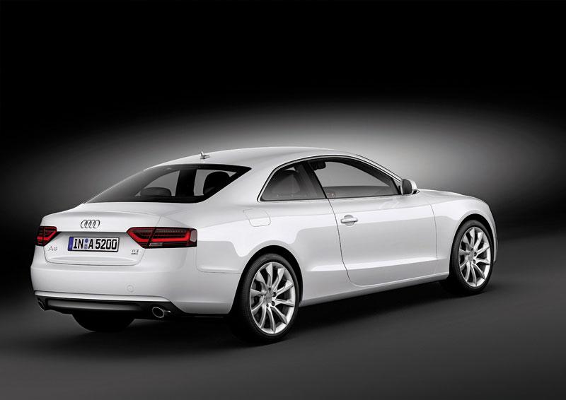Audi A5 prodělalo facelift a dostalo nové motory: - fotka 15