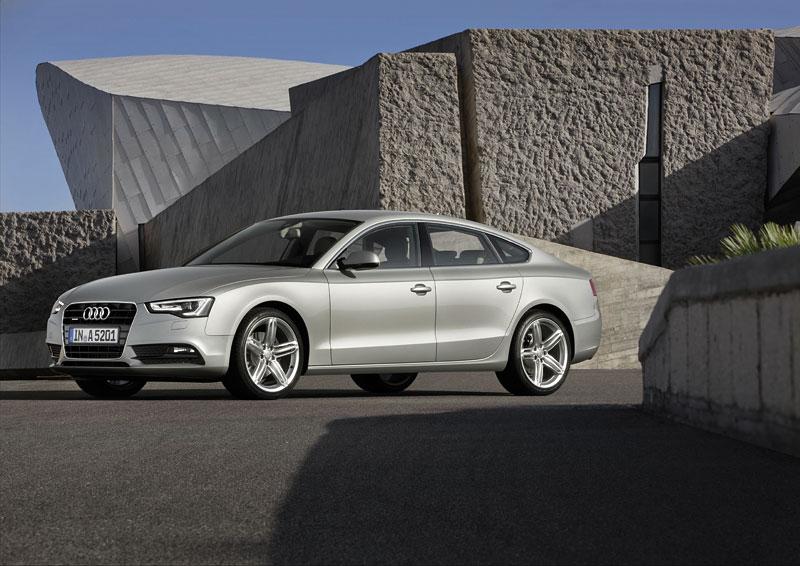 Audi A5 prodělalo facelift a dostalo nové motory: - fotka 25