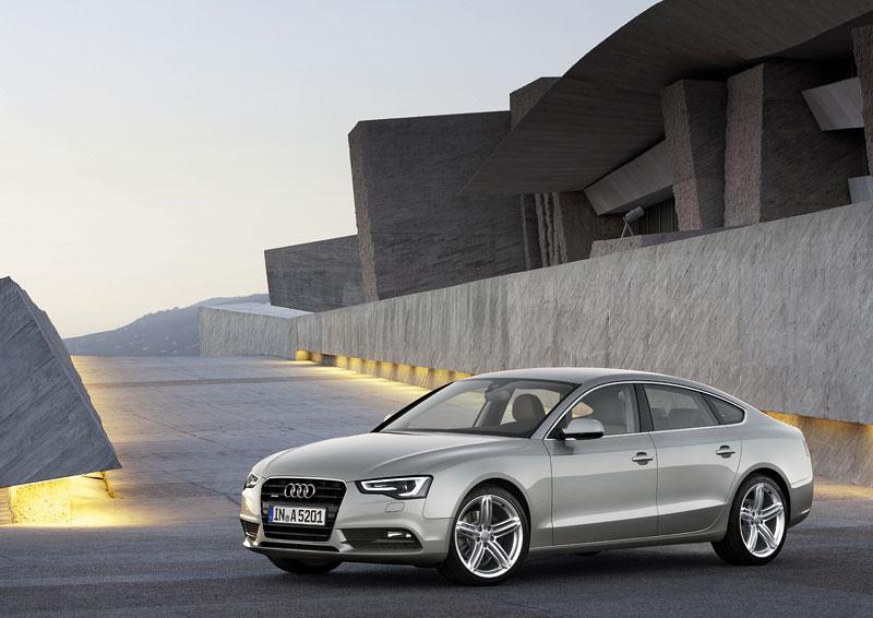 Audi A5 prodělalo facelift a dostalo nové motory: - fotka 28