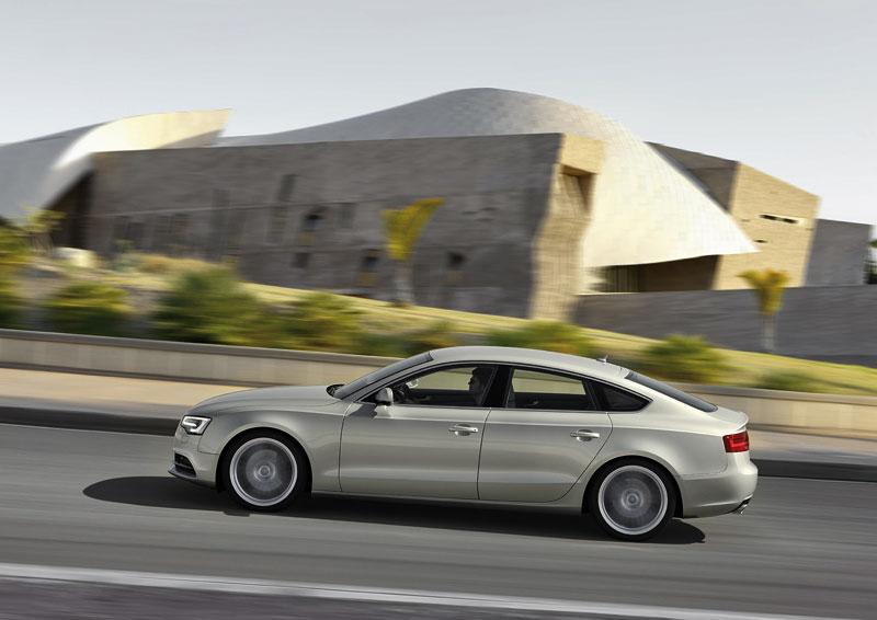 Audi A5 prodělalo facelift a dostalo nové motory: - fotka 30