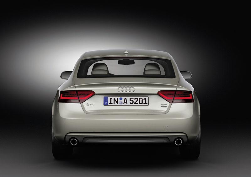 Audi A5 prodělalo facelift a dostalo nové motory: - fotka 35