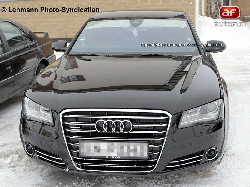 Spy Photos: Audi S8 bez maskování!: - fotka 1