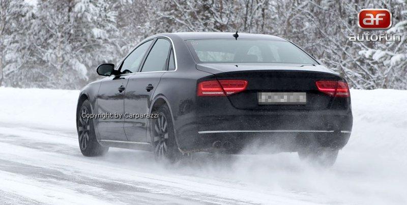 Spy Photos: Audi S8 bez maskování!: - fotka 7