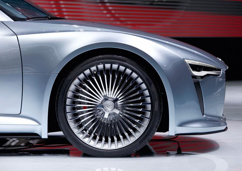 Audi e-tron: známé jméno a nový koncept: - fotka 24