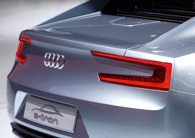 Audi e-tron: známé jméno a nový koncept: - fotka 25