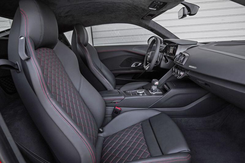 Za volantem: Audi R8: - fotka 11