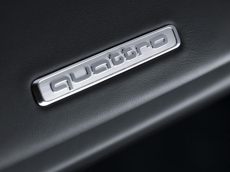 Za volantem: Audi R8: - fotka 12