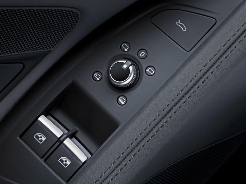 Za volantem: Audi R8: - fotka 20
