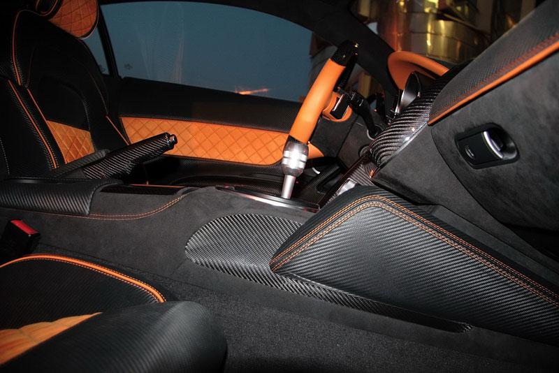 Anderson Germany Audi R8 Hyper Black Edition: černá je dobrá: - fotka 4