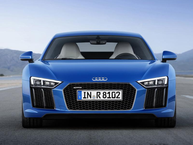 Za volantem: Audi R8: - fotka 23