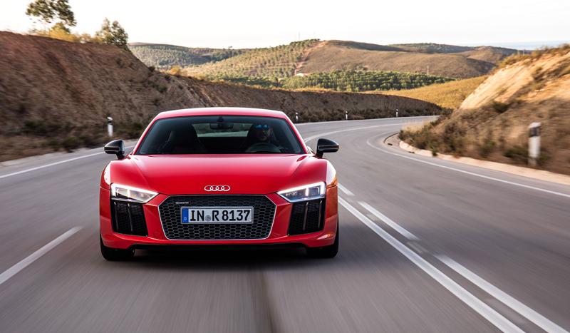 Za volantem: Audi R8: - fotka 24