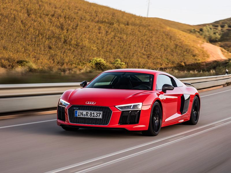 Za volantem: Audi R8: - fotka 28