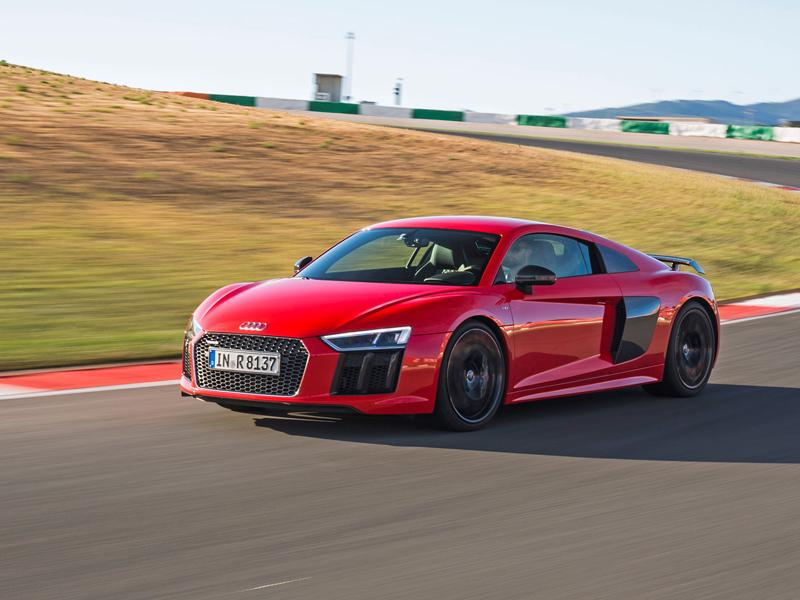 Za volantem: Audi R8: - fotka 32