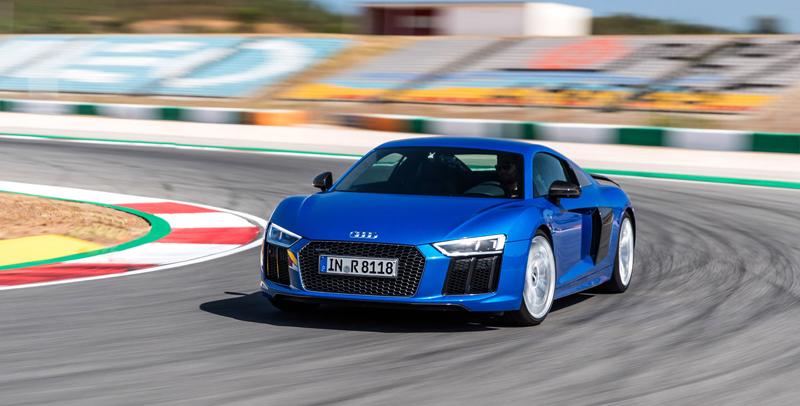 Za volantem: Audi R8: - fotka 34