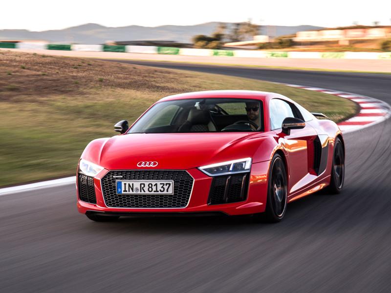 Za volantem: Audi R8: - fotka 38