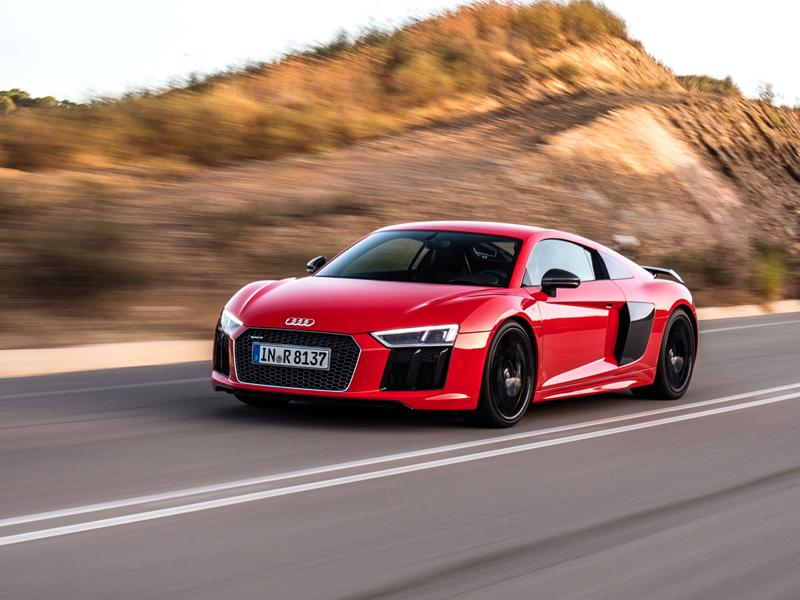 Za volantem: Audi R8: - fotka 40