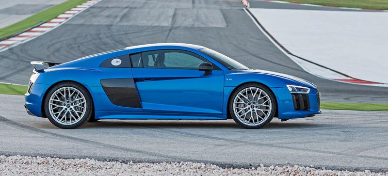Za volantem: Audi R8: - fotka 41