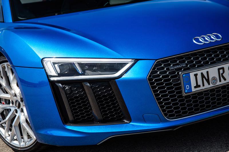 Za volantem: Audi R8: - fotka 57