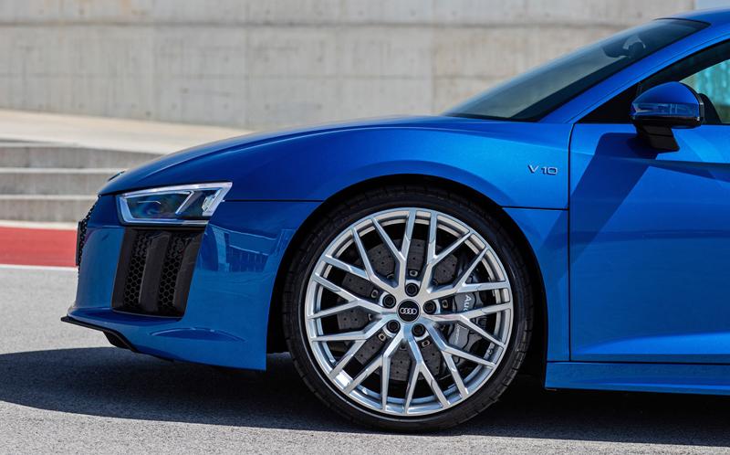 Za volantem: Audi R8: - fotka 61