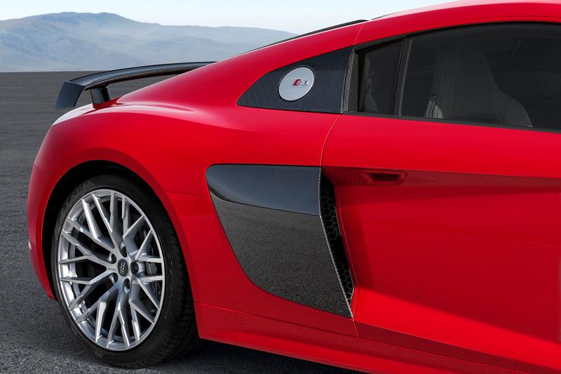 Za volantem: Audi R8: - fotka 76