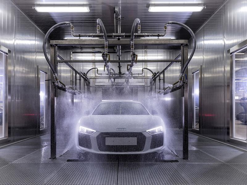 Za volantem: Audi R8: - fotka 123