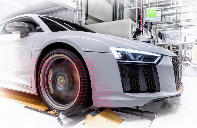 Za volantem: Audi R8: - fotka 134