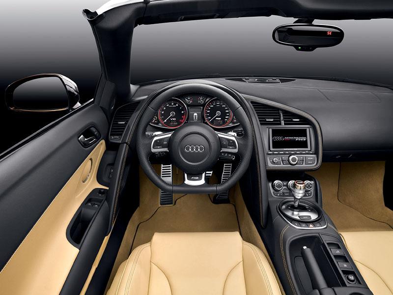 Frankfurt 2009: Audi R8 Spyder: - fotka 2