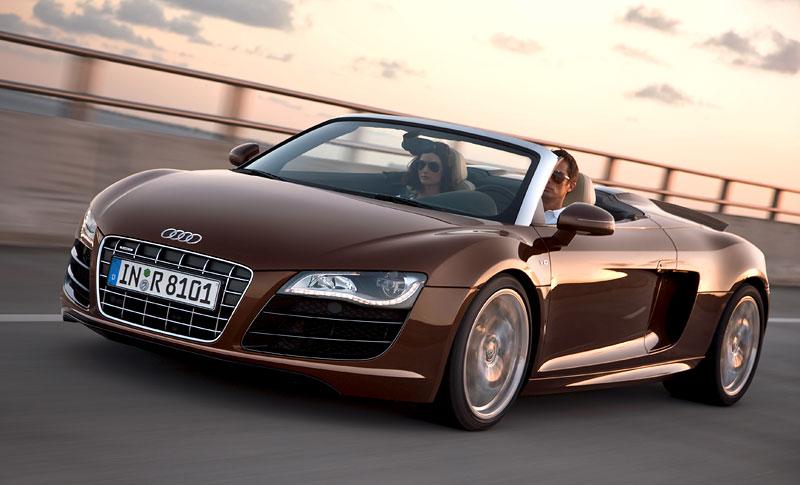 Audi R8 Spyder: po Paříži i s osmiválcem: - fotka 12
