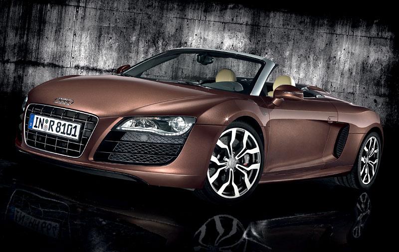 Audi R8 Spyder: po Paříži i s osmiválcem: - fotka 14