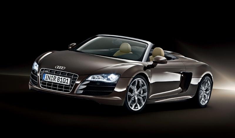Audi R8 Spyder: po Paříži i s osmiválcem: - fotka 16