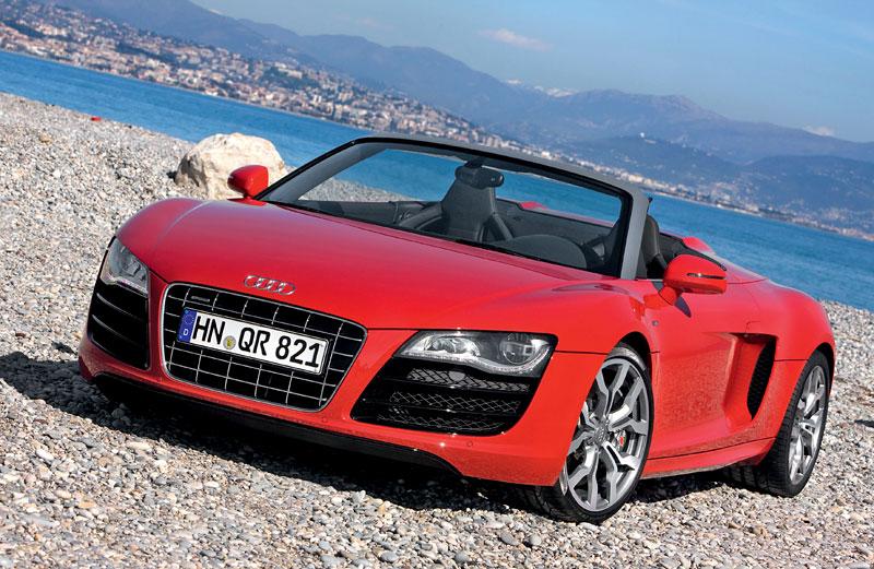 Audi R8 Spyder: po Paříži i s osmiválcem: - fotka 18