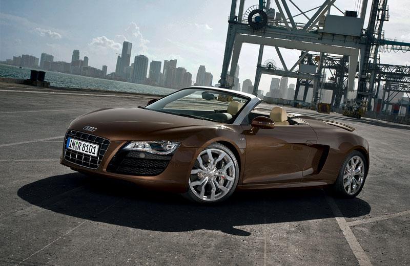 Audi R8 Spyder: po Paříži i s osmiválcem: - fotka 20