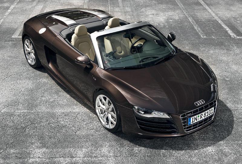 Audi R8 Spyder: po Paříži i s osmiválcem: - fotka 21