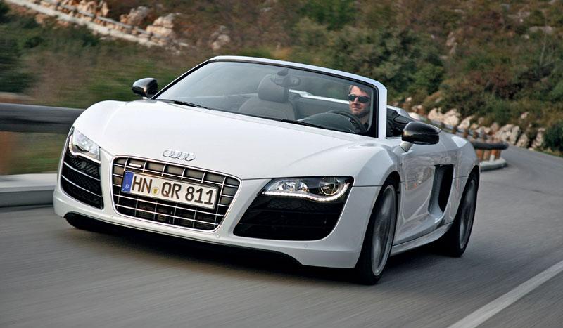 Audi R8 Spyder: po Paříži i s osmiválcem: - fotka 22