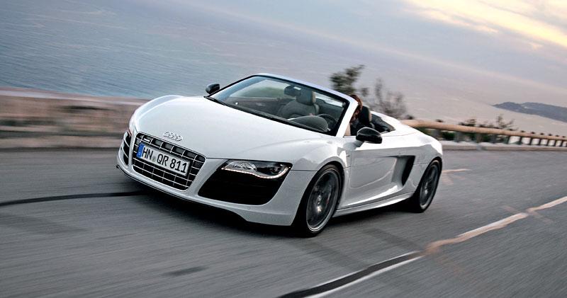 Audi R8 Spyder: po Paříži i s osmiválcem: - fotka 23