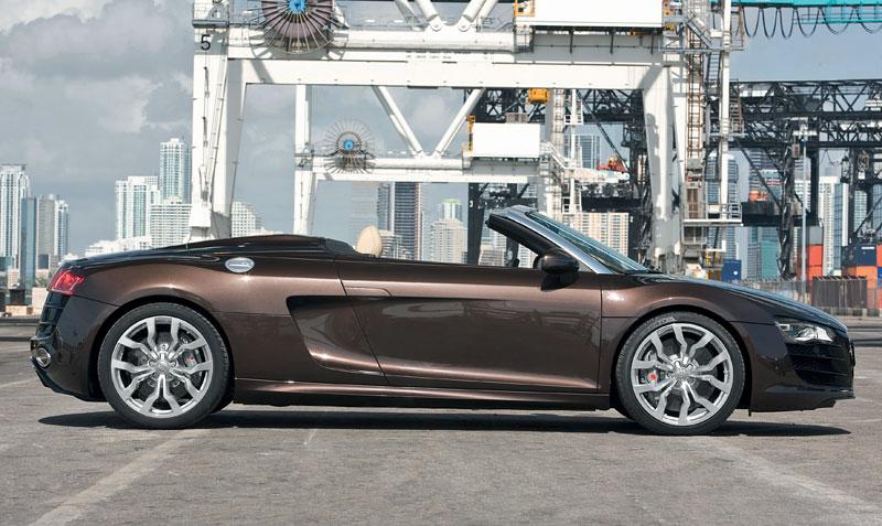 Audi R8 Spyder: po Paříži i s osmiválcem: - fotka 29
