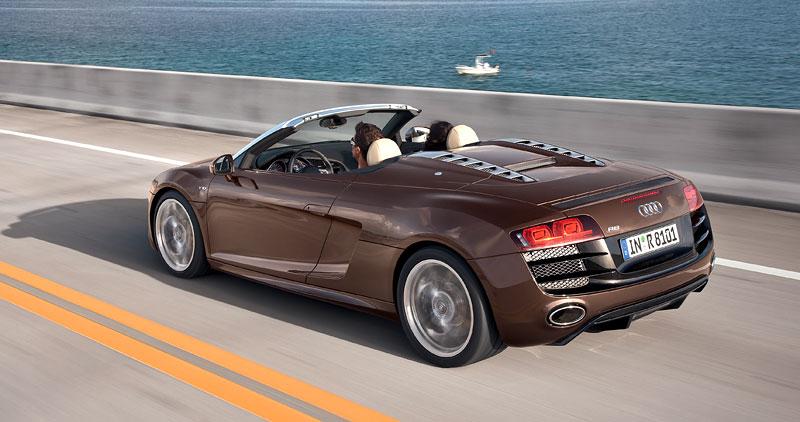 Audi R8 Spyder: po Paříži i s osmiválcem: - fotka 36