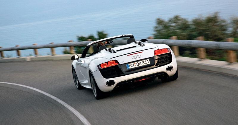 Audi R8 Spyder: po Paříži i s osmiválcem: - fotka 50