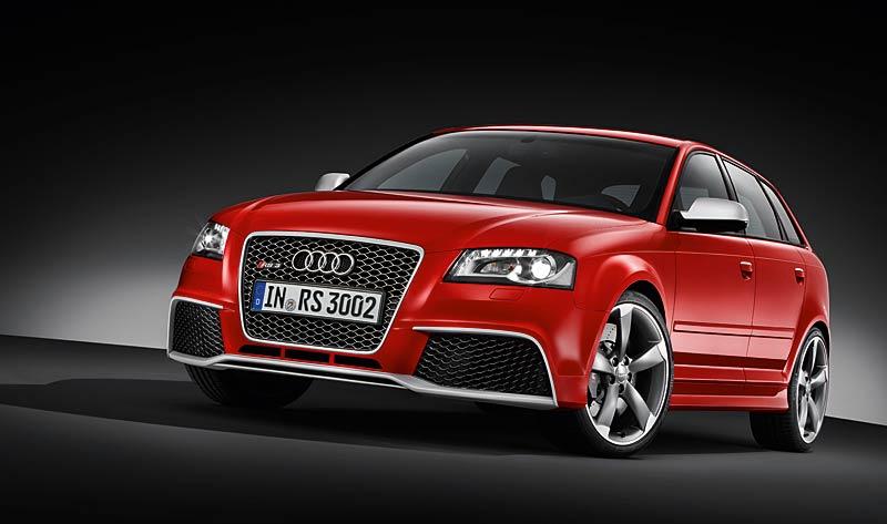 Audi RS3 Sportback: německý lovec estéíček?: - fotka 12