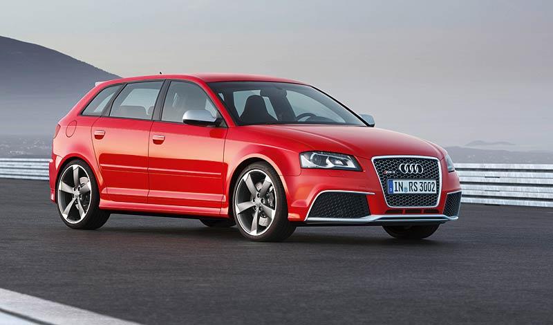Audi RS3 Sportback: německý lovec estéíček?: - fotka 14