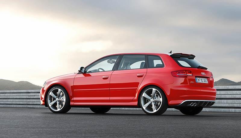 Audi RS3 Sportback: německý lovec estéíček?: - fotka 27