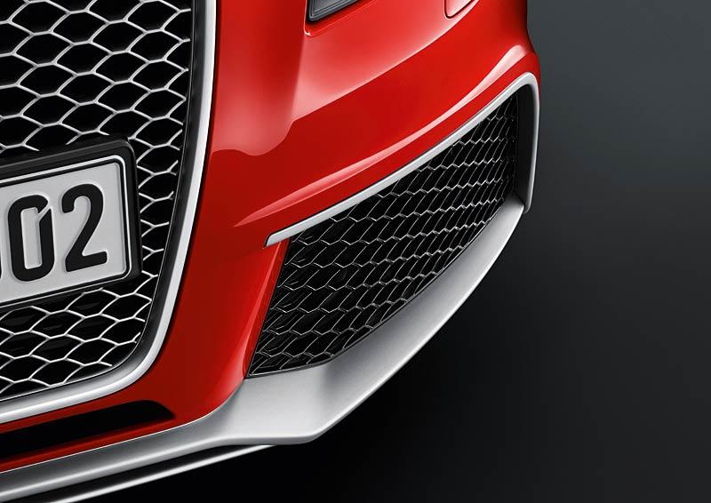 Audi RS3 Sportback: německý lovec estéíček?: - fotka 34