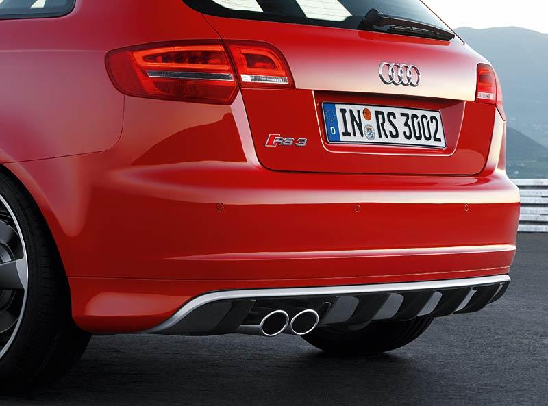 Audi RS3 Sportback: německý lovec estéíček?: - fotka 38