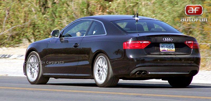 Spy Photos: Audi RS5 bez maskování!: - fotka 7